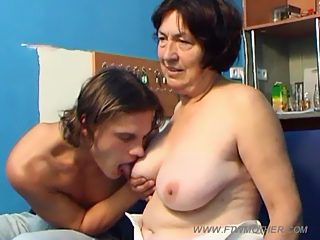 Young jock and his sexy overweight mother show what they are up to in bed