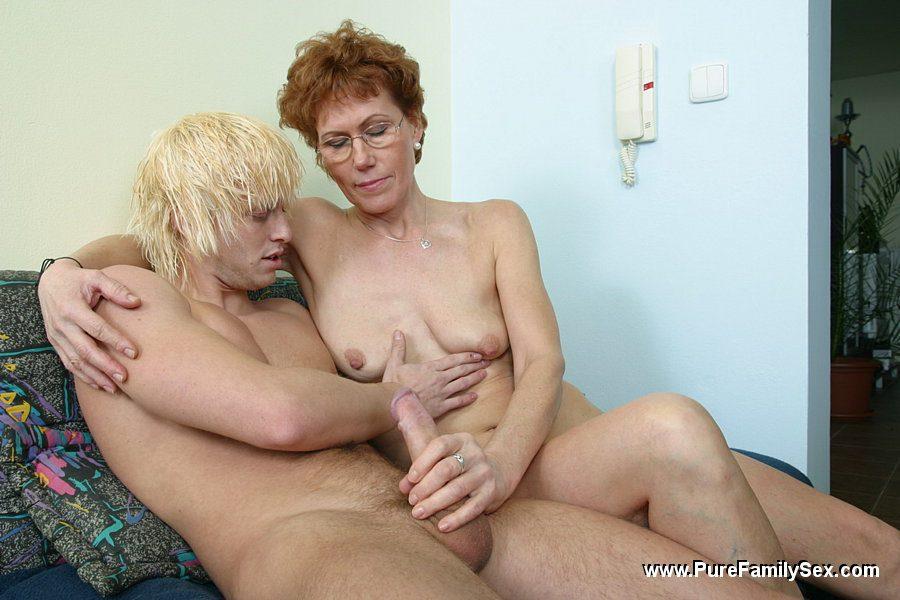 England home nude girl