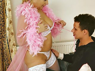 Juicy mama uses her sexiest lingerie to seduce her horny young son