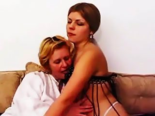 Teen puss enjoys facesitting her mom while she's fucking herself with dildo